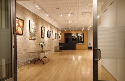 Gallery in Logan square -now in 3D!