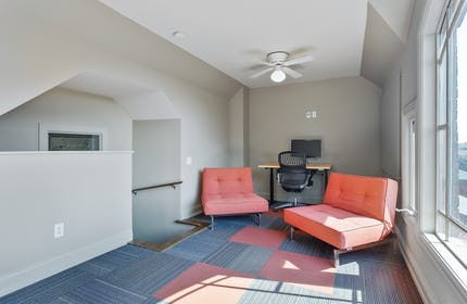 1212 Germantown Meeting Room for up to 6 - The Crows Nest