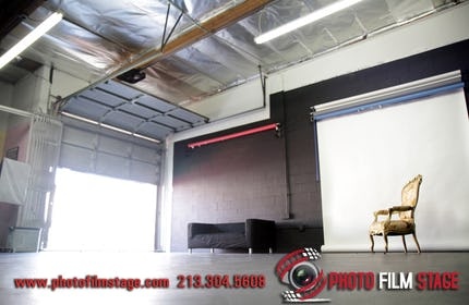 Photo Film Stage Studio