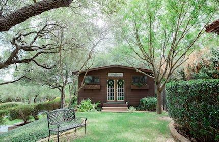 Colorful Cottage Photo Studio