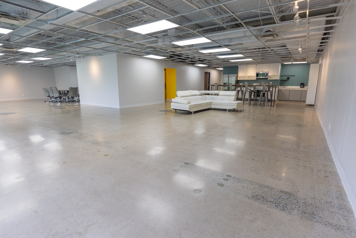 Large, Versatile Meeting and Event Space with Access to Courtyard - Plenty of parking!
