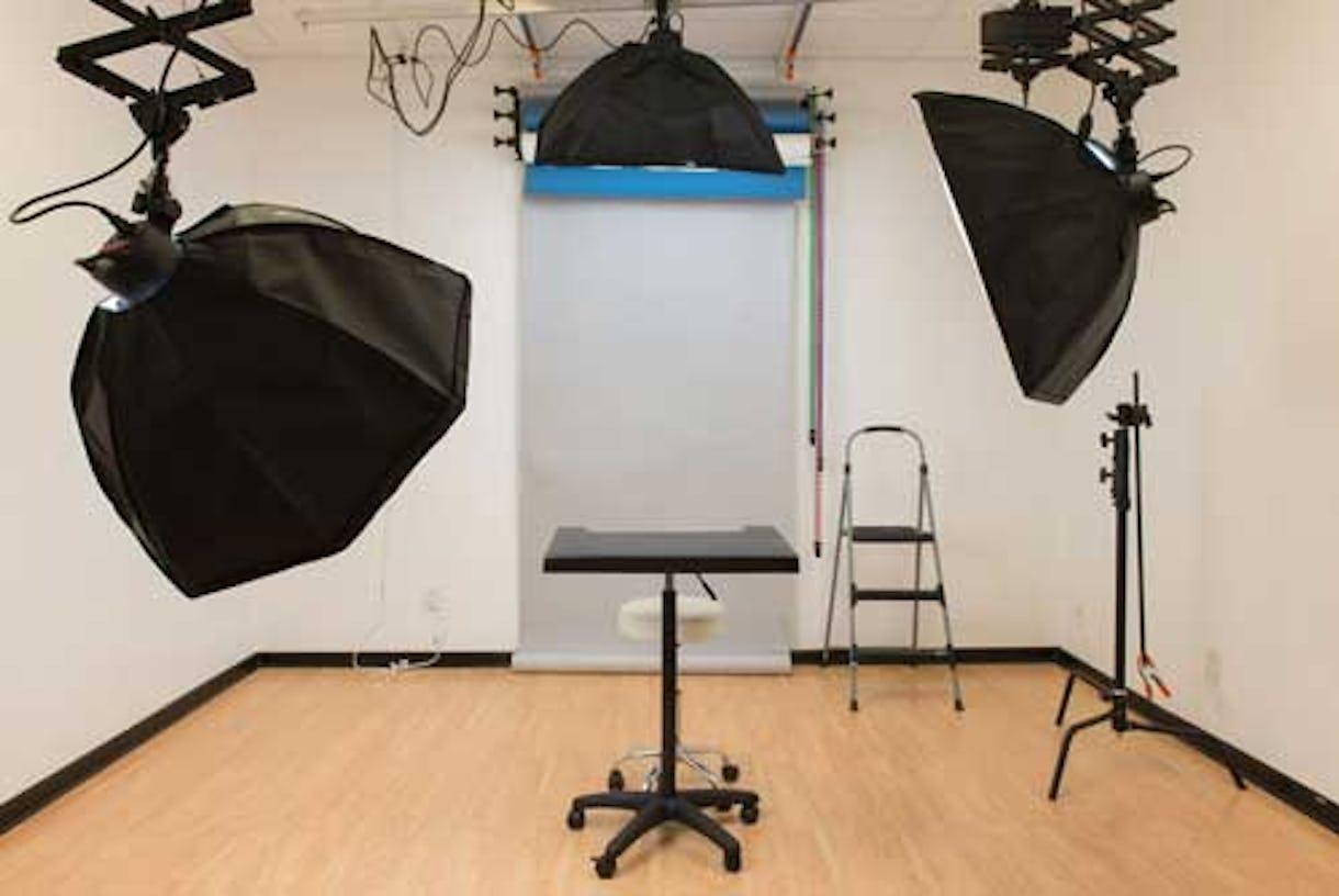 Headshots / Tabletop Studio at Camera Ready Studios