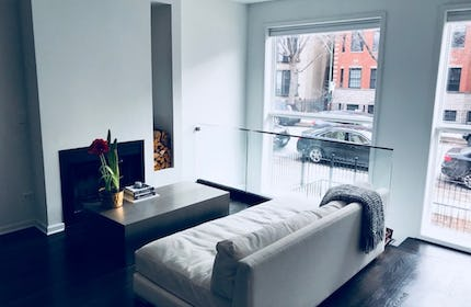Bright modern Wicker Park condo - lots of white