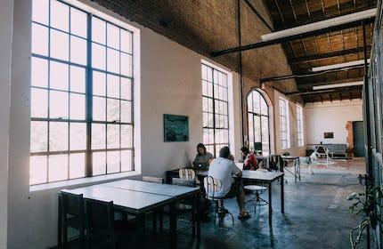 Wax Space Open Desk