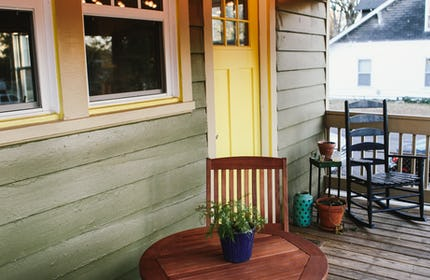 Musicians' Light-filled & Colorful Craftsman Cottage